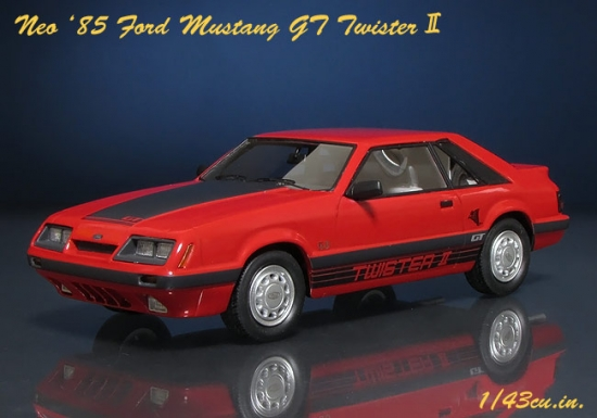 NEO_85_Mustang_GT_01.jpg