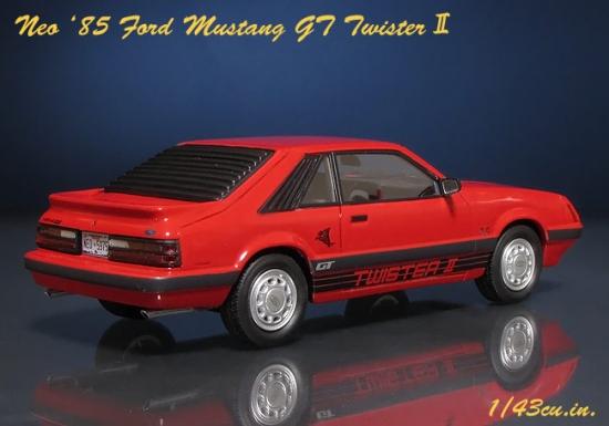 NEO_85_Mustang_GT_02.jpg