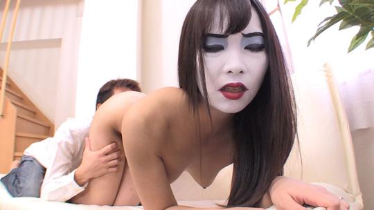 妖怪熟女べラマダム~早く人間とヤリたい~002