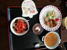 クリスマスの昼食 01