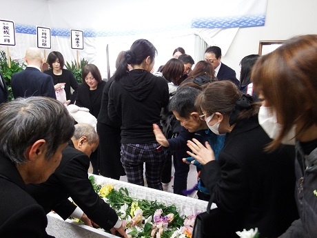 岡﨑さん葬儀3
