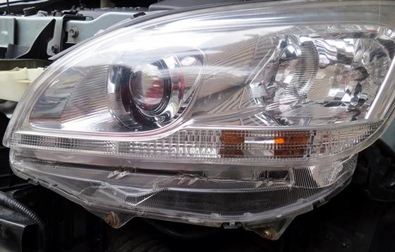 ヘッドライト割れ補修