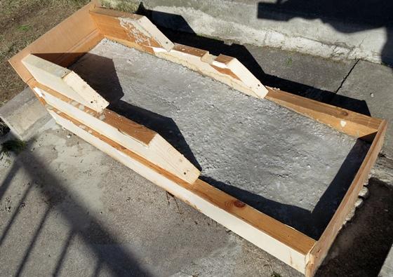 コンクリート3袋分固まって
