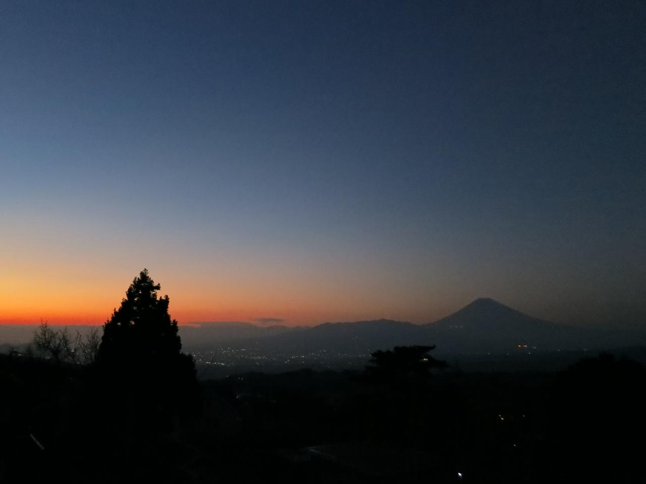 別荘からの夕焼け富士