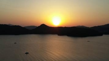 志摩の朝陽
