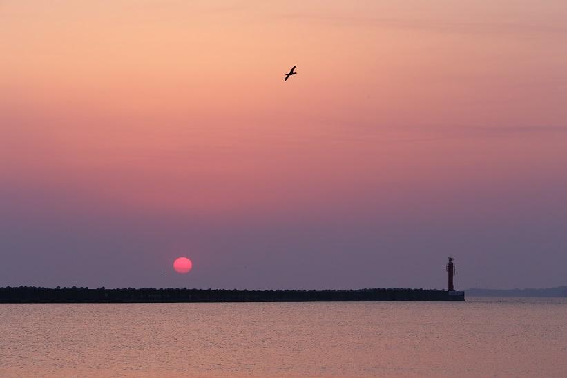 両津港の夜明け