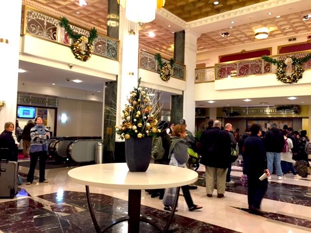 4Hotel Lobby