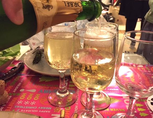 champagnexmasparty.jpg
