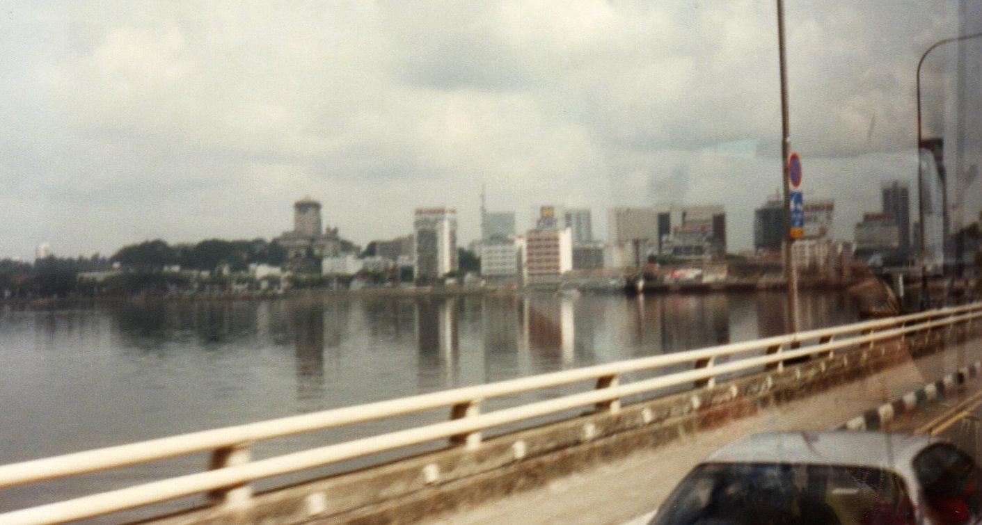 シンガポール1994年5月5日ジョホール水道②181-1