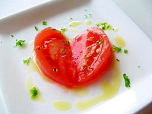 トマトのオリーブオイルかけ