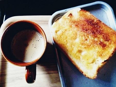 おうち時間を楽しむ生活-塩麹食パン