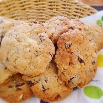 おうち時間を楽しむ生活-チョコとナッツのクッキー