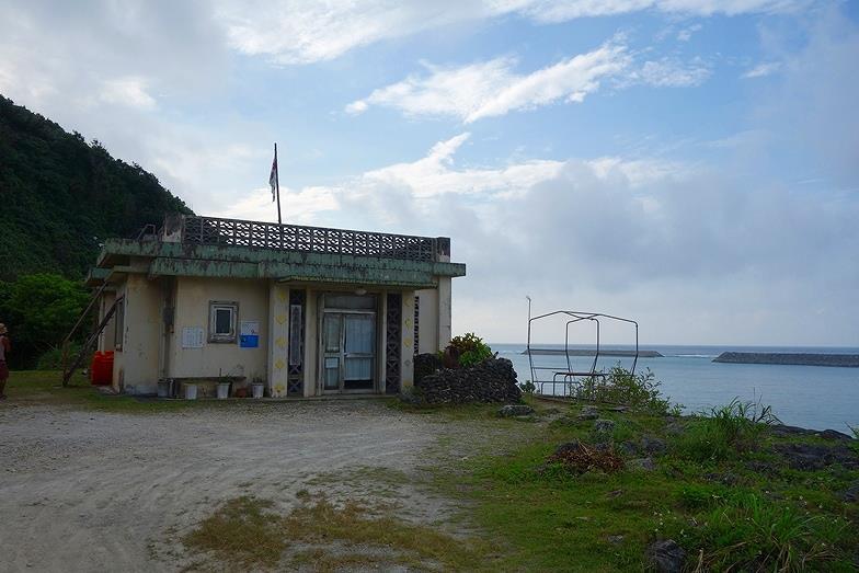 68沖縄県 ドクターコトー診療所_E