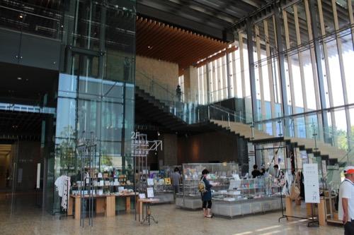 0014:長崎県美術館 エントランスホール