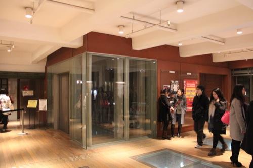 0035:横浜赤レンガ倉庫 エレベーターホール