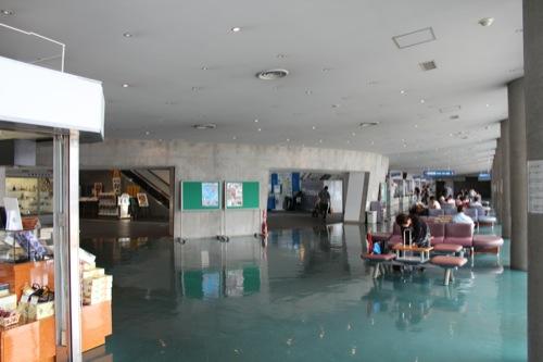 0045:長崎港ターミナルビル 1階待合室①