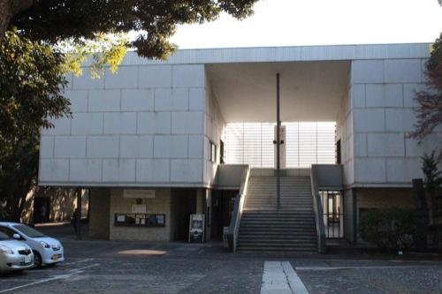 0050:神奈川県立近代美術館鎌倉館 本館入口となる階段