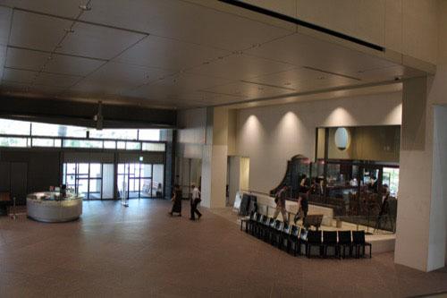 0054:京都国立近代美術館 エントランススペース