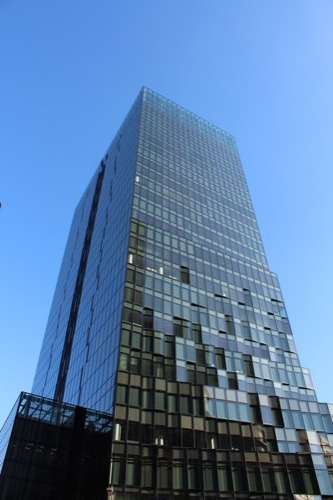 0060:大阪富国生命ビル 全体外観