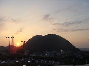 大磯高麗山の夕暮れ