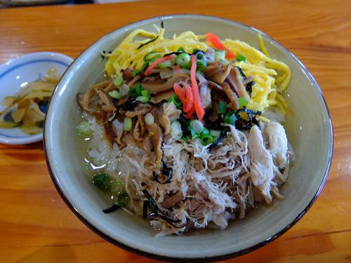 奄美大島の郷土料理・鶏飯