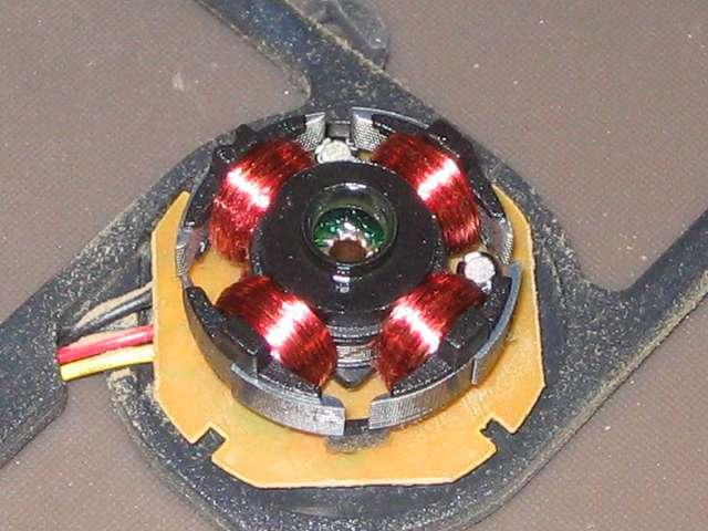 GELID Silent12 ケースファン グリスアップ作業、軸受け・軸穴