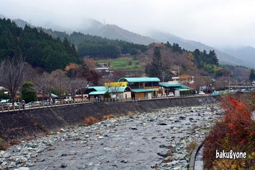 川向こう側からの道の駅
