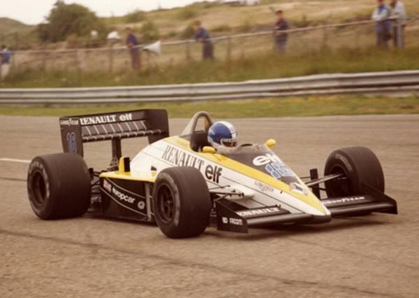 Renault RE60B_9
