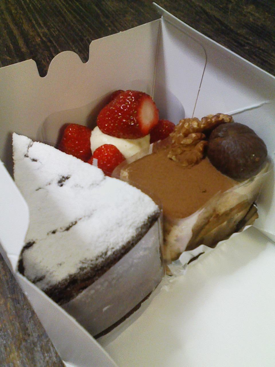 ケーキ三種