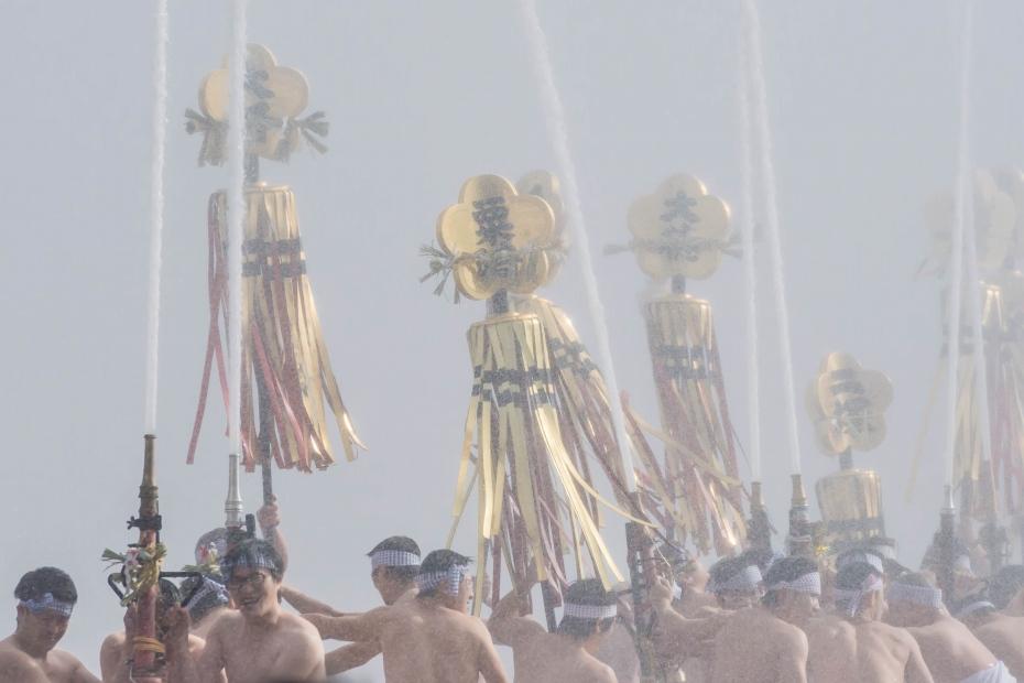 2016.01.10金沢市の消防出初式_一斉放水5