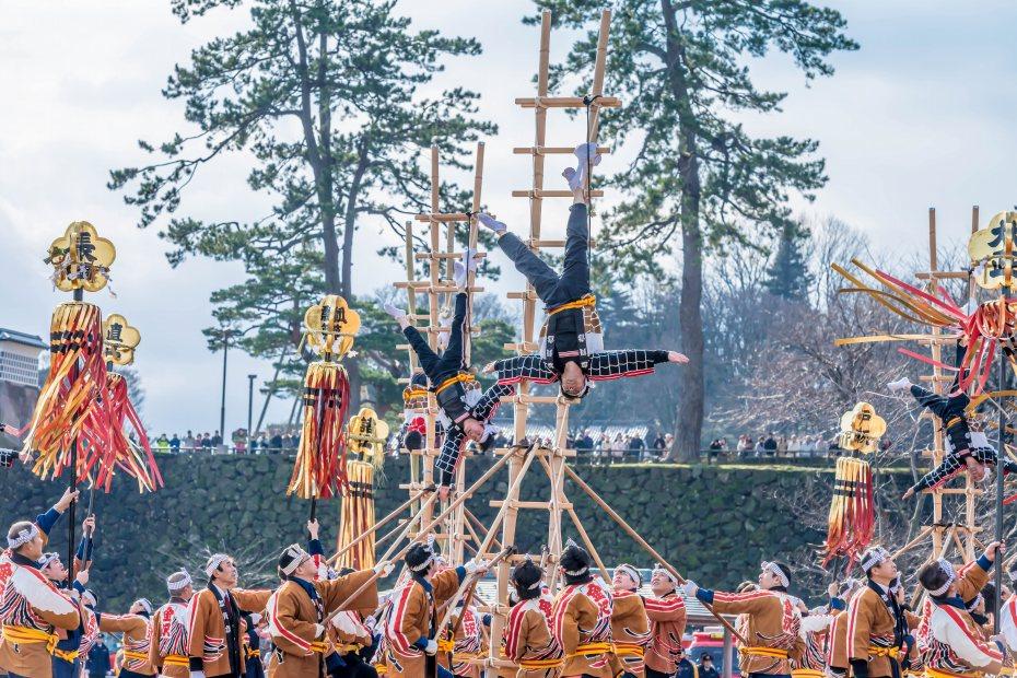 2016.01.10金沢市の消防出初式_加賀鳶梯子登り10