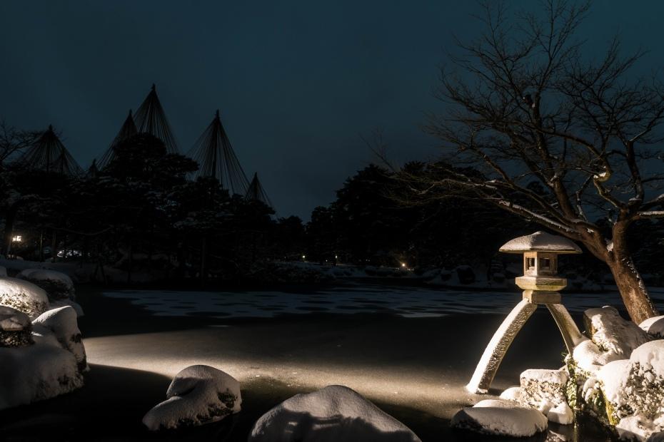 2016.01.25雪の兼六園1