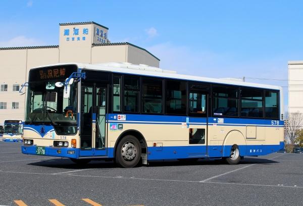 神戸200か3778 579