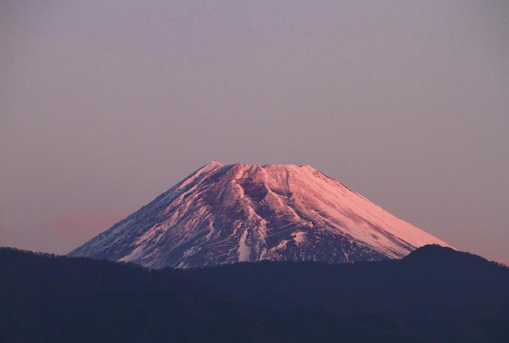 11月29日 6-27 今朝の富士山