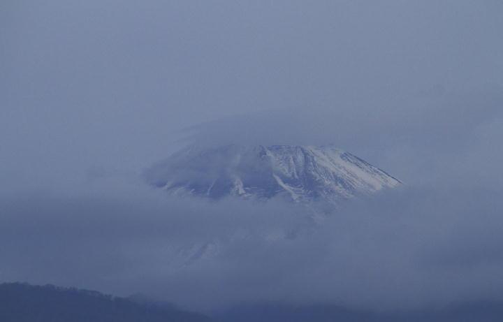 12月7日 6-33 今朝の富士山