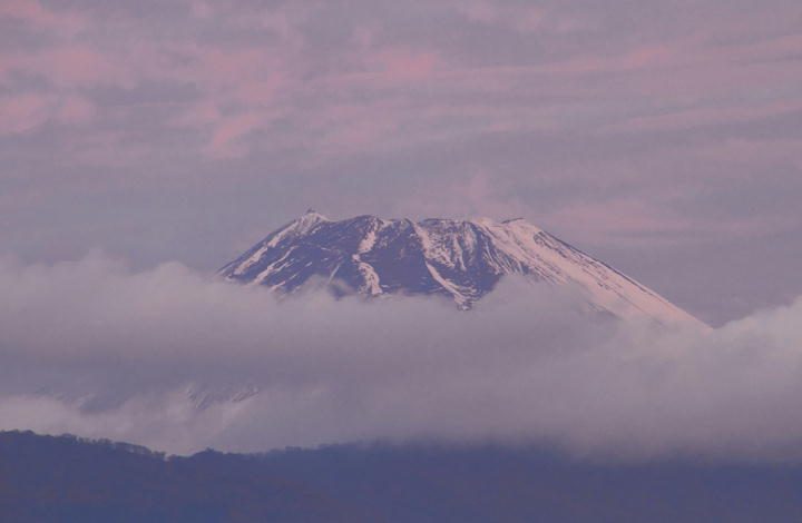 12月10日 6-35 今朝の富士山