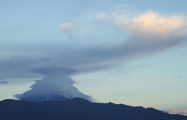 12月21日 6-58 今朝の富士山