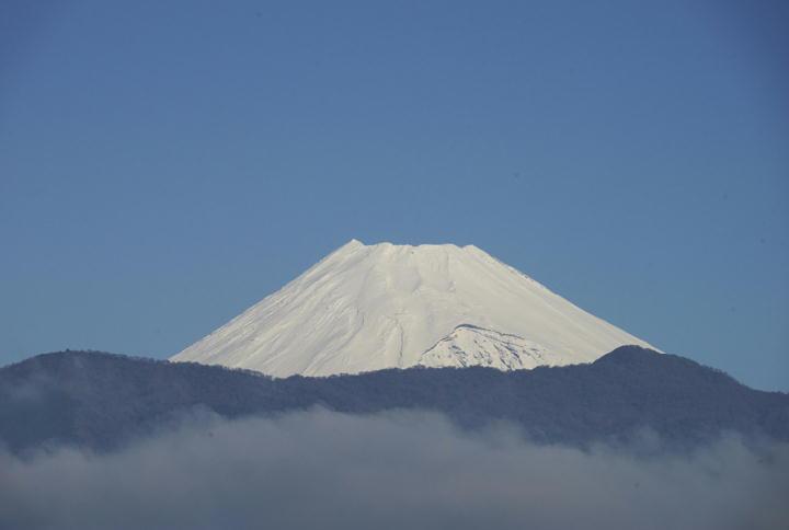 12月24日 8-20 今朝の富士山