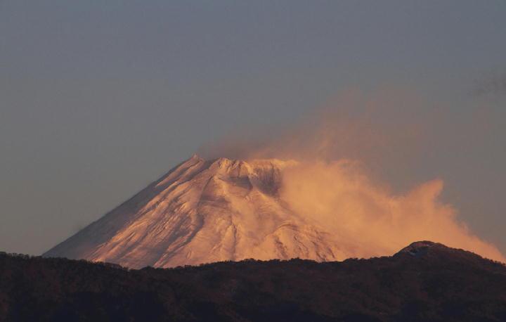 1月19日 6-57 今朝の富士山