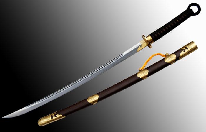 中国人「日本刀が美しいと言われ...