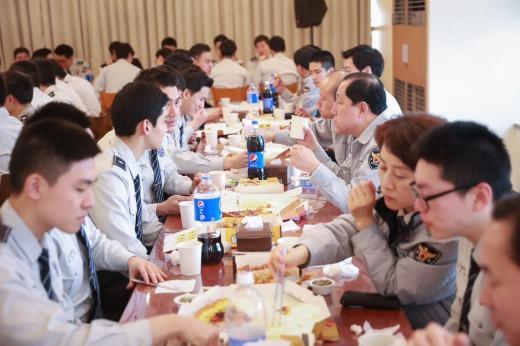 160205昼食会チャミ