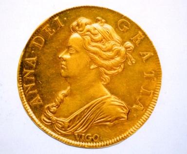 イギリス2ギニー金貨1703年 VIGO アン