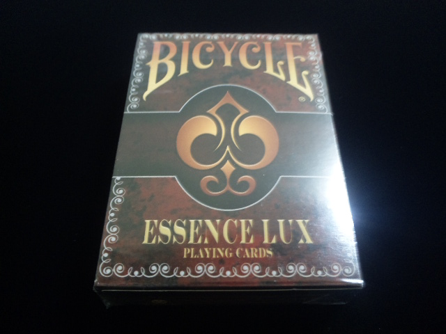 Essence Lux Playing Cards (BICYCLE) (1)