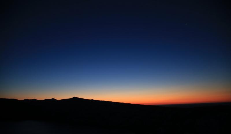 摩周湖のブルーアワー