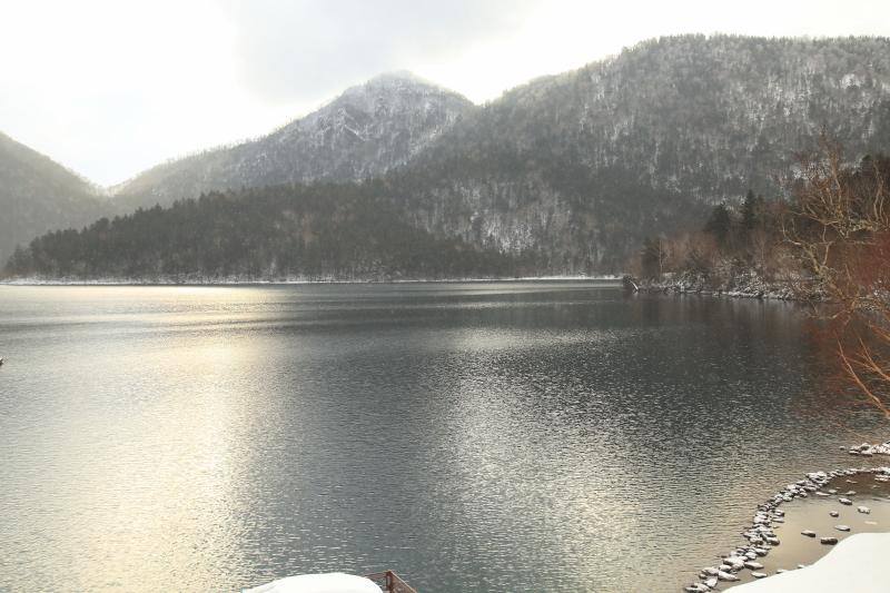 曇天の然別湖