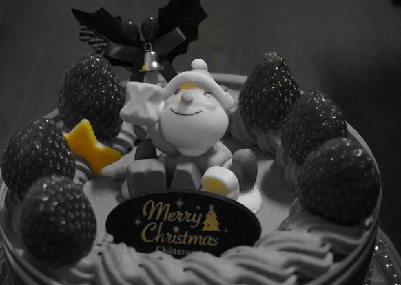 ケーキ~黄色だけカラー~