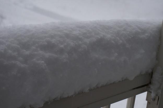 ベランダに積もってる雪(途中経過)
