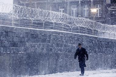 『ブリッジ・オブ・スパイ』 築かれたばかりのベルリンの壁。ドノバンはたったひとりでソ連と東ドイツとの交渉に。