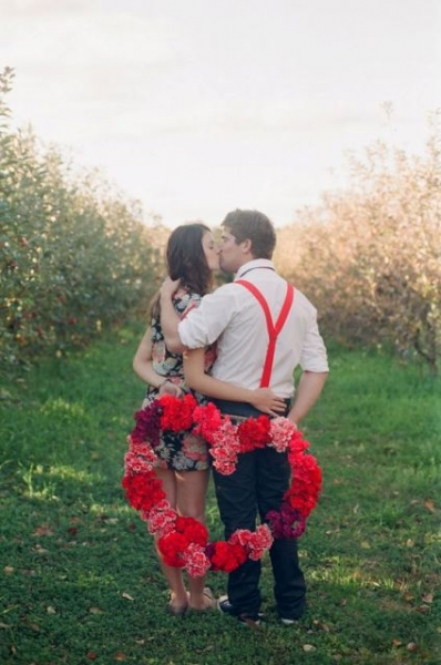 24-Romantic-Valentine's-Day-Engagement-Photo-Ideas