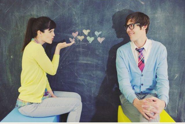 24-Romantic-Valentine's-Day-Engagement-Photo-Ideas20
